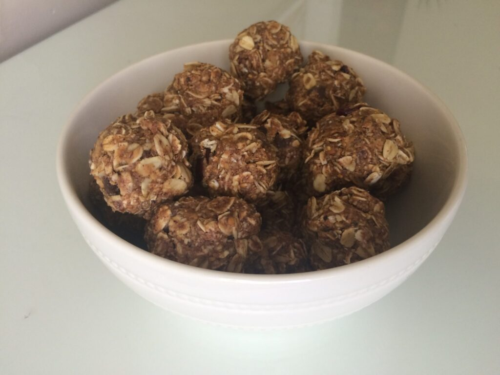 MY NO-BAKE, NO-SUGAR, HIGH-PROTEIN SNACK – EASY ENERGY BITES - A Modern Commonplace Book