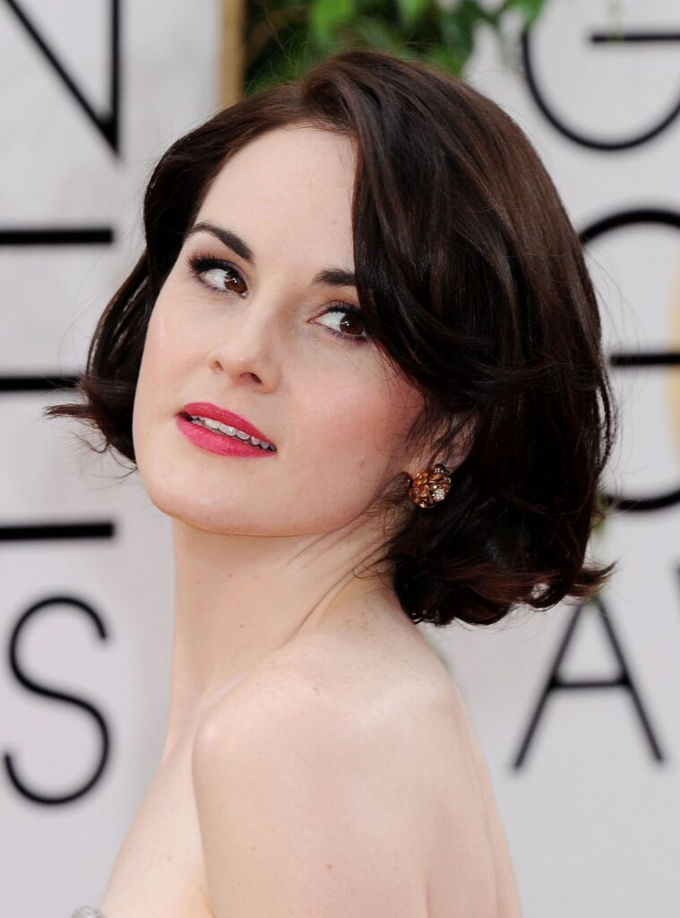michelle-dockery-at-71st-annual-golden-globe-awards_4