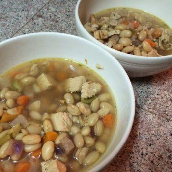 Trader Joes EASY Chicken Soup (6 servings, 5 ingredients)