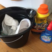 Instructions to Remove Poop from Baby Clothes (that will change your life)